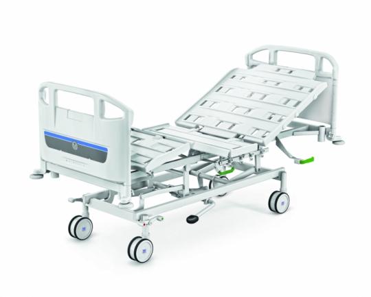 Медицинские четырехсекционные электрические кровати