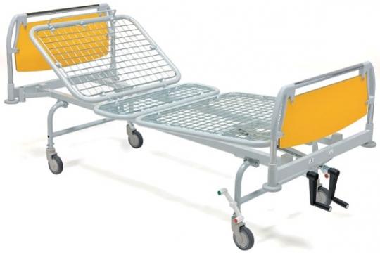 Медицинская трехсекционная кровать на колесах 11-CP125