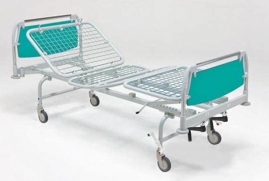 Медицинская функциональная четырехсекционная кровать для лежачих больных на колесах 11-CP127