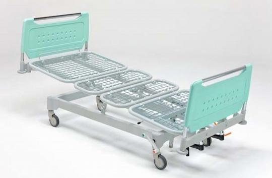 Медицинская четырехсекционная функциональная кровать для лежачих больных на подкате 11-CP147
