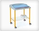 Медицинский пеленальный стол с матрасиком