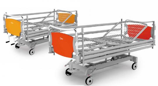 Медицинская функциональная четырехсекционная кровать с изменяемой высотой (гидравлический привод) с регулировкой тренделенбург - THEOREMA OA0335