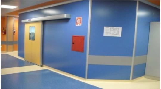 Ручные и автоматические раздвижные двери для операционных залов и рентгеновских кабинетов