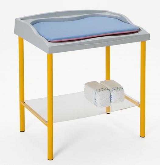 Пеленальный медицинский стол с матрасиком 24-РЕ205