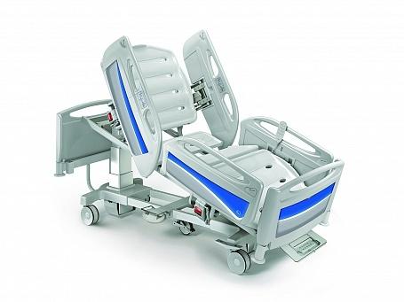 Четырехсекционная функциональная медицинская кровать для реанимации с изменяемой высотой и электрическим приводом THESIS EB0440
