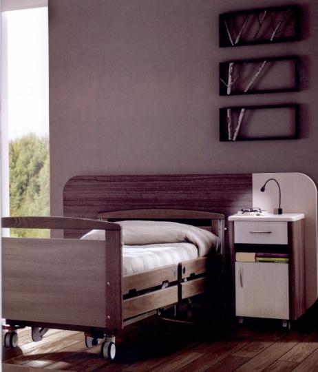 Медицинская палатная мебель из дерева для клиник, санаториев и госпиталей ALTEA