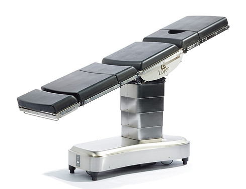Операционный стол с электрогидравлическим приводом Lojer Scandia SC330