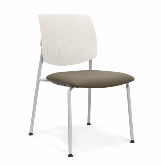 Палатный стул с мягкой гигиеничной обивкой 376002