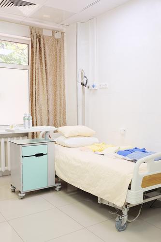 Тумбочки медицинские прикроватные