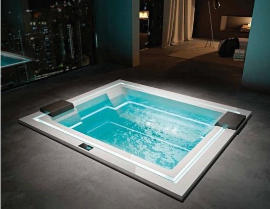 Гидромассажные бассейны и ванны для СПА