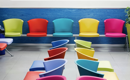 Диваны и стулья в зал ожидания