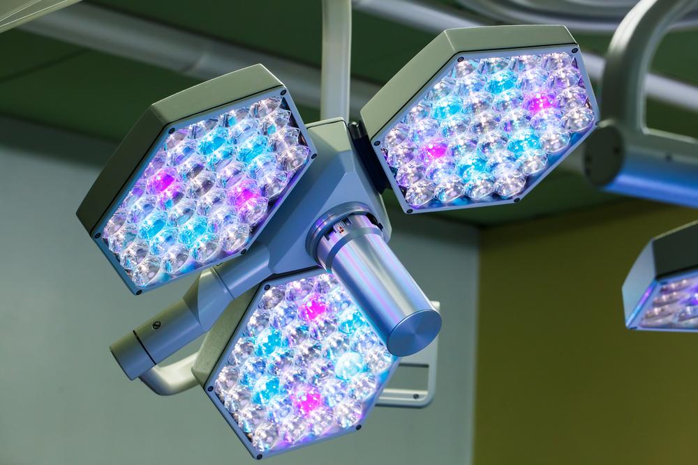 Виды операционных светильников и нюансы их работы