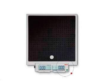 Переносные медицинские напольные весы с кнопками для нажатия ногой и двойным дисплеем (QD) Seca 874