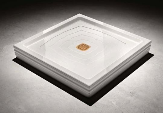 Поддон белого цвета прямоугольной формы с хромированным отверстием под слив - Treesse BLANQUE PIATTO DOCCIA