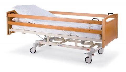Палатная медицинская кровать с деревянными торцами и боковыми ограждениями Lojer ScanAfia PRO HS-280, HS-290, HS-480, HS-490