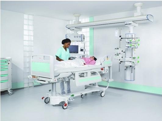 Медицинская кровать для реанимации LINET Eleganza 3XC