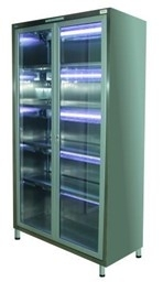 Медицинский шкаф для сушки и хранения восьми эндоскопов