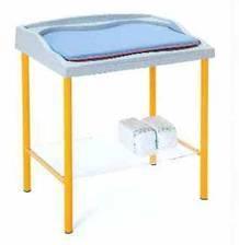 Пеленальный стол с матрасиком 24-PE205