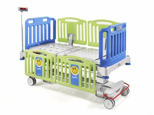 Медицинская детская кровать с весами на колоннах Malvestio SMILE 348650B