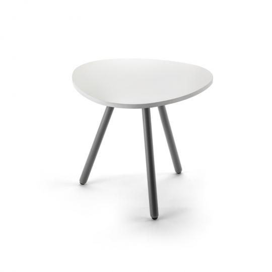 Маленький столик в зал ожидания 376024
