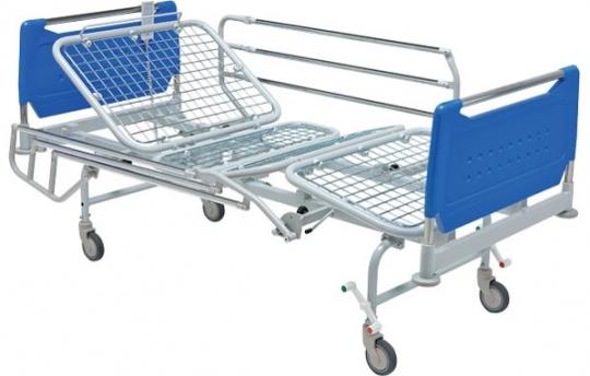 Медицинская четырехсекционная электрическая кровать на колесах 11-CP139